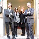Rossi e Martin con le colleghe Bertò e Lusuardi davanti al nuovo ufficio della Spezia